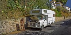 018-051 Van