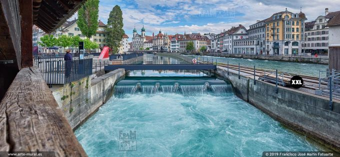 JF876503. View of Reuss river from Spreuer Bridge, Lucerne (Switzerland)