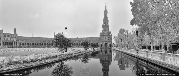 KS889708. Plaza España