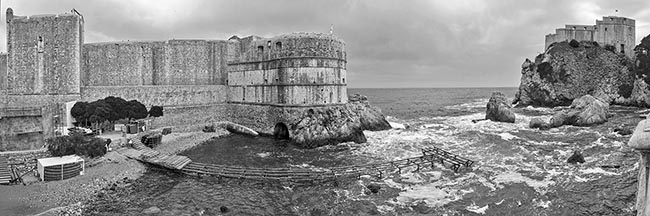 portada. Walls of Dubrovnik and St. Lawrence Fortress (Croacia)