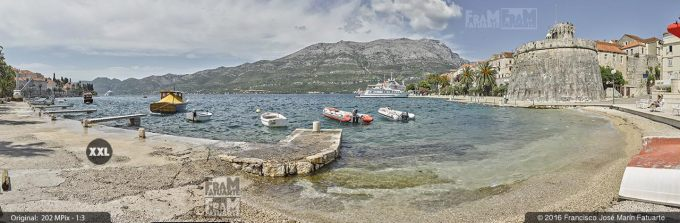 G3817305. Spomenik Beach and Large Governor's Tower. Korčula (Croatia)