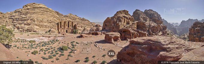 G4687305. Ad Deir  (the Monastery). Petra (Jordania)